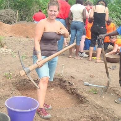 PSU students & Field crew - excavation